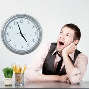 562460-comment-ne-plus-s-ennuyer-au-travail